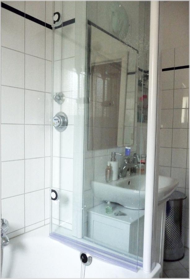schulte garant badewannenaufsatz mit seitenwand 2 teilig. Black Bedroom Furniture Sets. Home Design Ideas