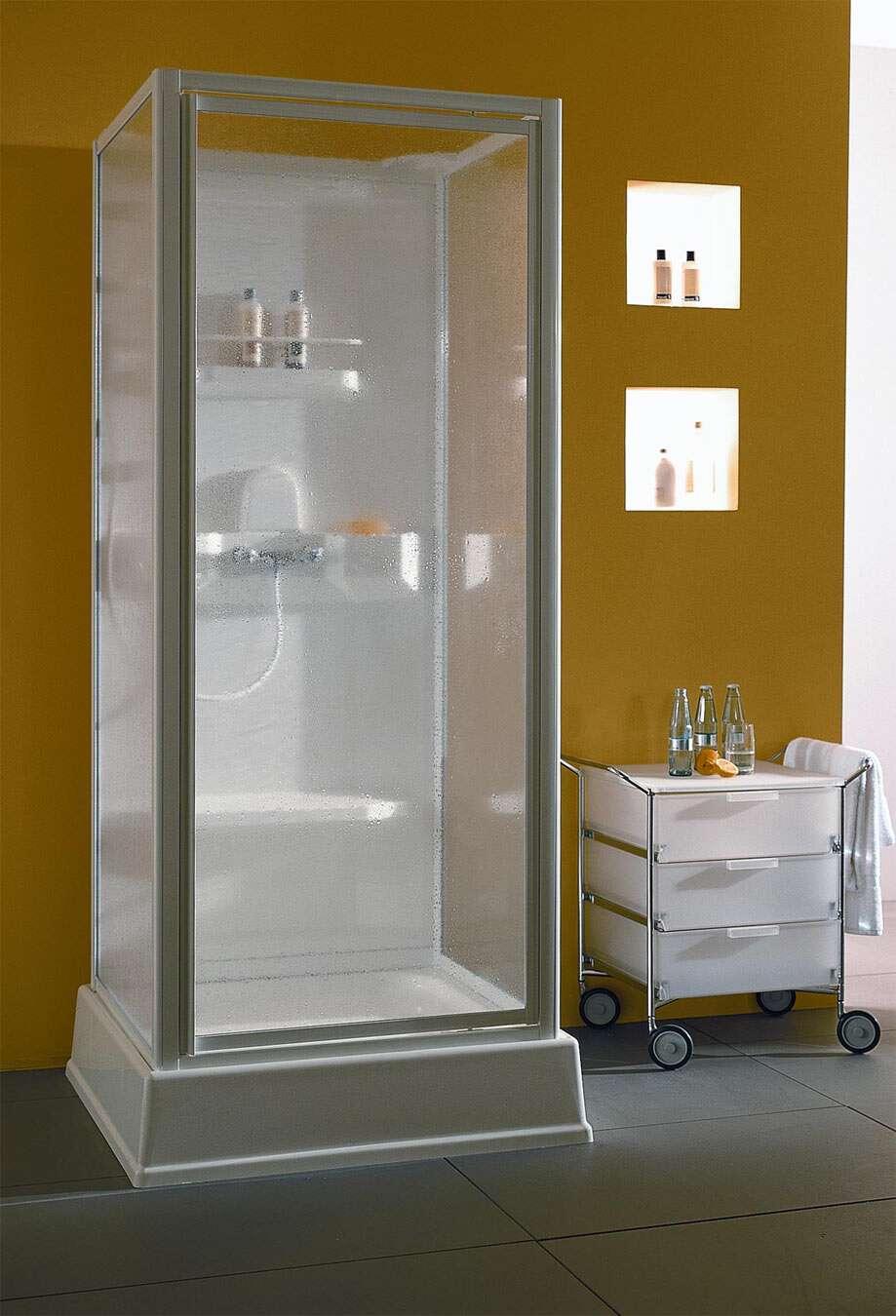 dusar komplettdusche schwingt r ohne boiler 32435. Black Bedroom Furniture Sets. Home Design Ideas
