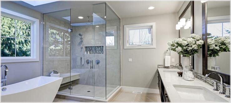 Wir helfen Ihnen bei der Entscheidung zwischen klassischer Dusche und Komplettkabine.