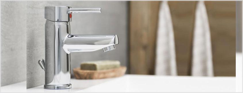 Die Armaturen von Schütte glänzen im anspechenden Design und sind dabei ideal für den kleinen Geldbeutel geeignet.