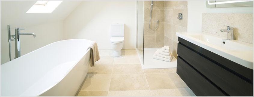 Die meisten unserer Duschbecken, Badewannen und Waschtische werden entweder aus unempfindlichen Sanitäracryl oder aus reinigungsfreundlichem Mineralwerkstoff gefertigt.