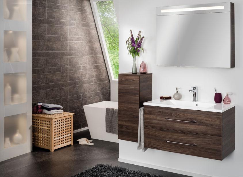 Bei der Serie B. clever von Fackelmann handelt es sich um eine vielseitig einsetzbare Badmöbelserie in Riegelform für Ihr Badezimmer.